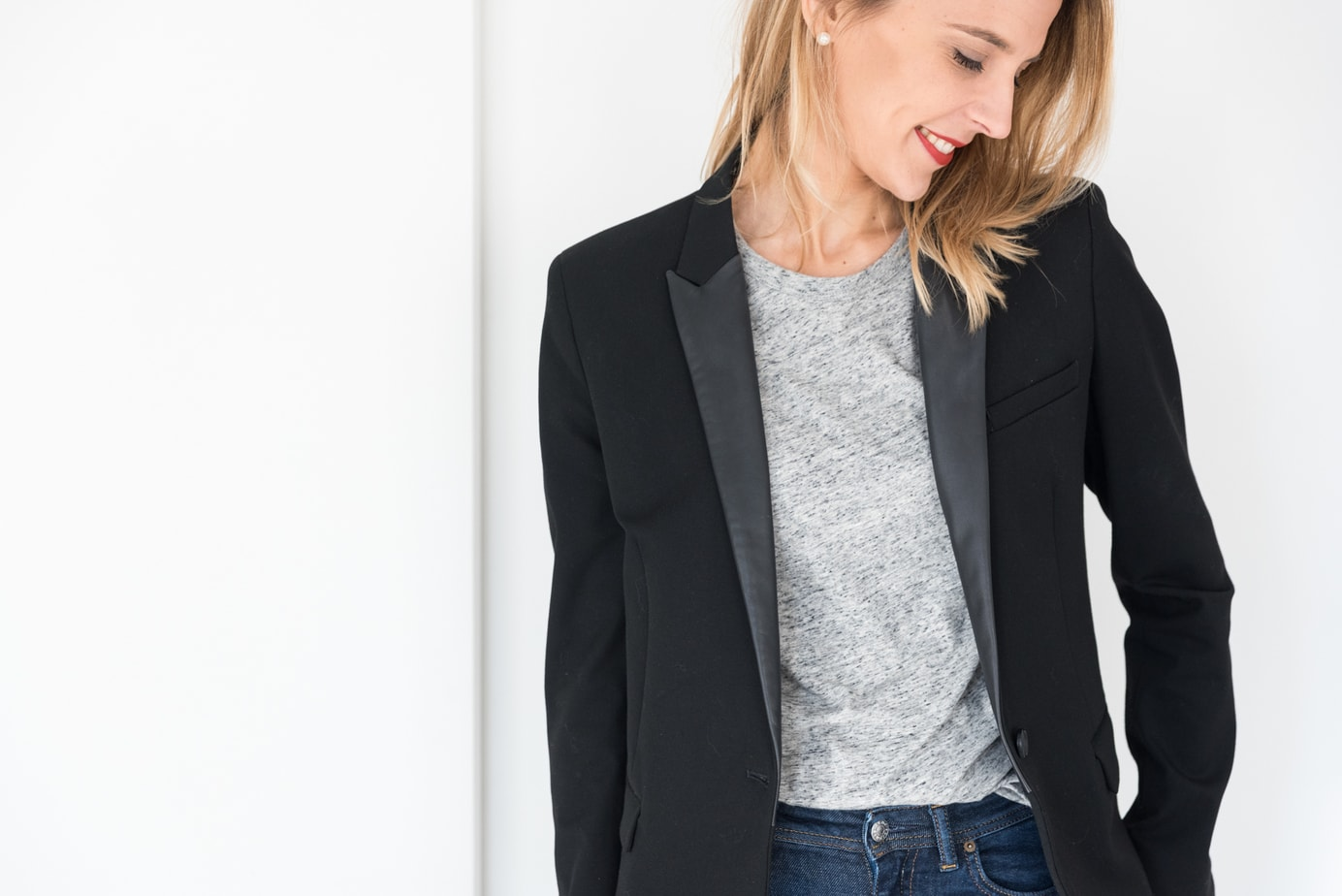 le blazer noir le dressing id al. Black Bedroom Furniture Sets. Home Design Ideas