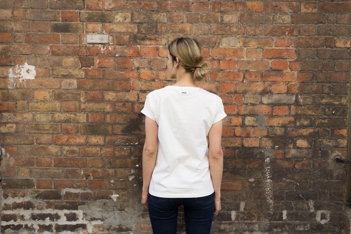 48a5d21c1a0a0 Le tee-shirt blanc basique parfait   mon comparatif - Le Dressing Idéal