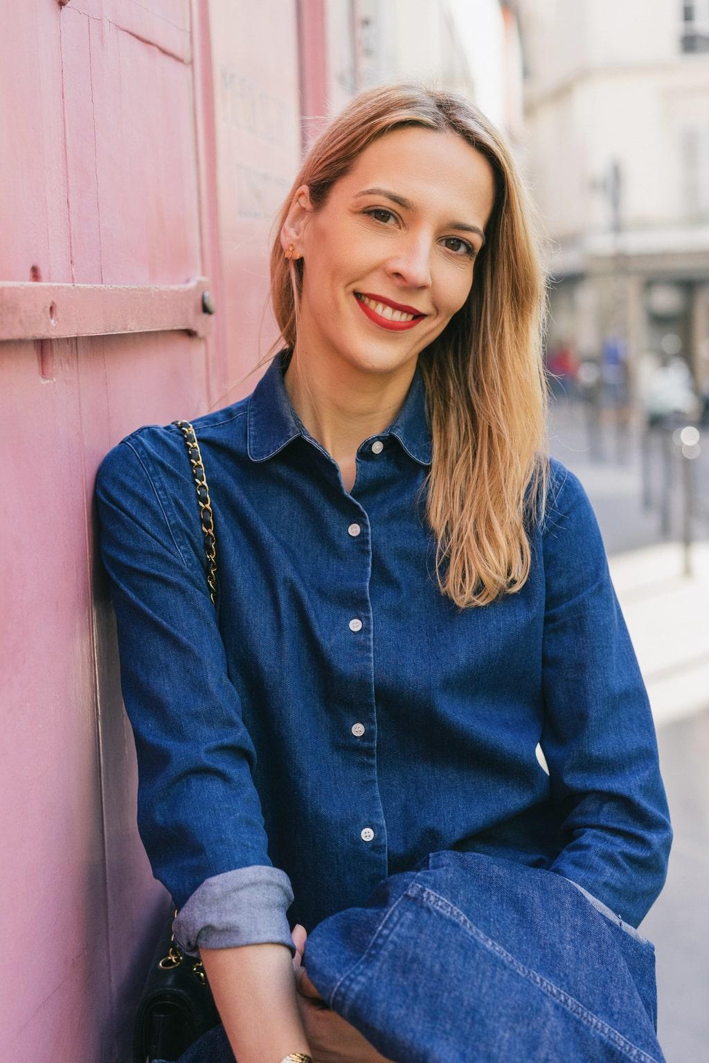 f9103f60484 L hiver touche à sa fin et j avais envie de vous proposer trois façons  différentes de porter la chemise en jean. C est un basique du Dressing  Idéal que ...